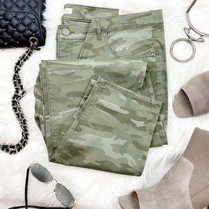 LOFT Camo Print Skinny Pants